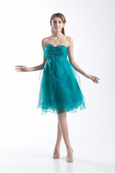 Organza Sweetheart Knee Length Dress with Hand-made Flowers