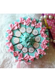 Unique Wedding Favor Boxes with Flowers Ribbons Bowknots  (10 Pieces/Set)